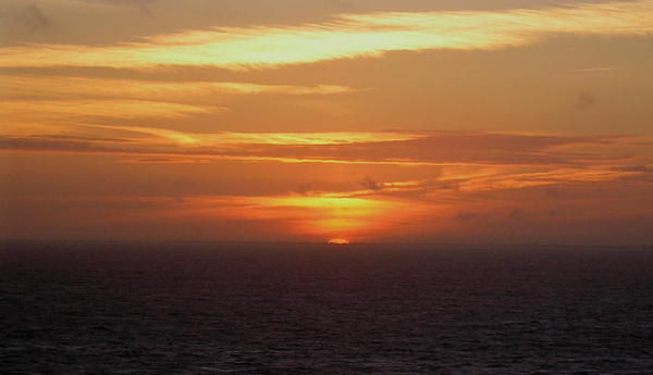 Sandgate sunset by becci27