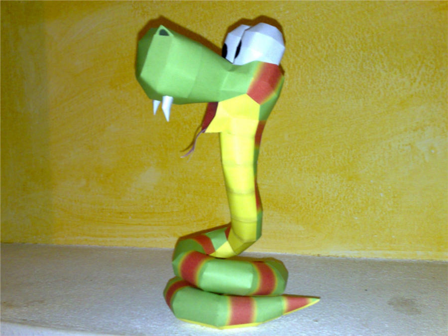 Rattly the rattlesnake papercraft by LordBruco