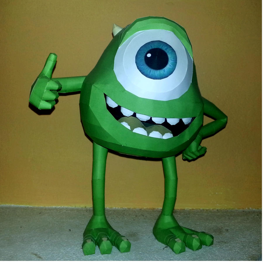 Mike wazoski papercraft by LordBruco