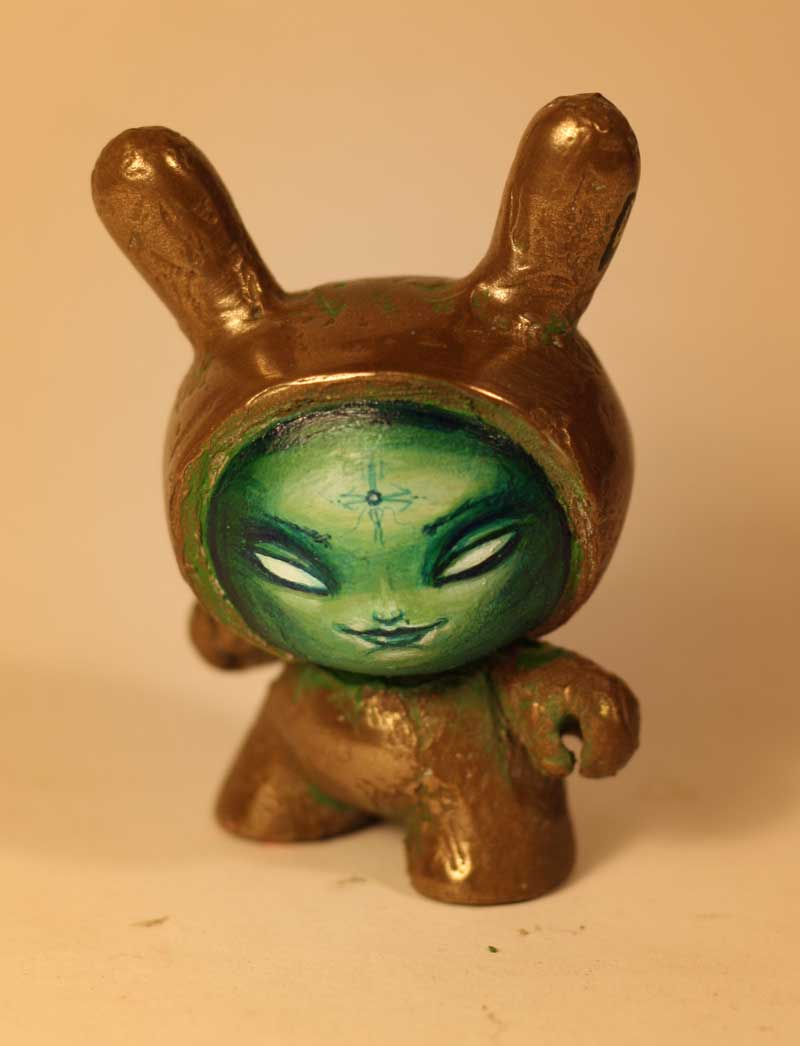 custom bronze dunny by JasonJacenko