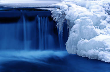 Waterfalls 2 by fishandtips