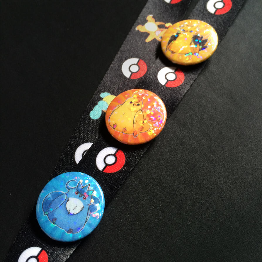 Sparkly Legendary Bird Trio buttons by Skoryx