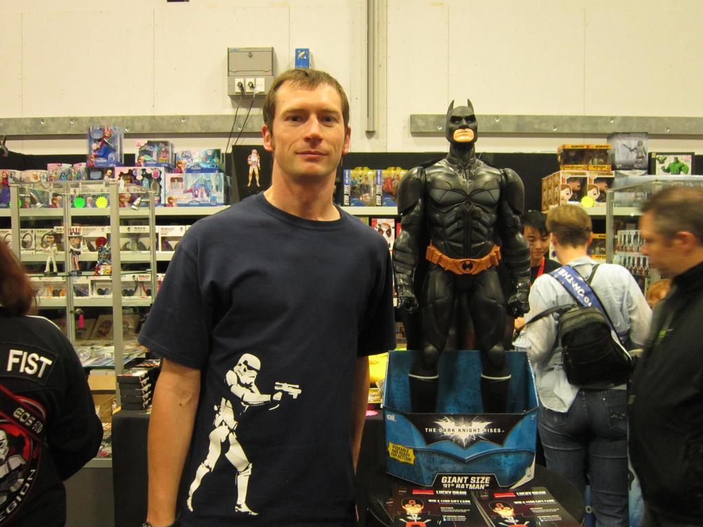 Batman model at Armageddon 2014 by arscarlet