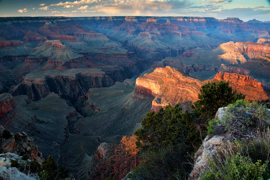 Sunset at Yavapai Point Landscape by mikewheels