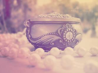 jewelry box by RihamTheOne