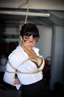 White shirt, glasses and ropes