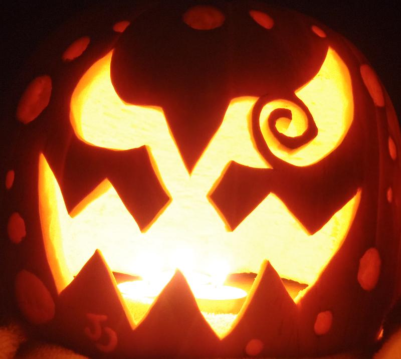 Spiritomb Pumpkin by johwee