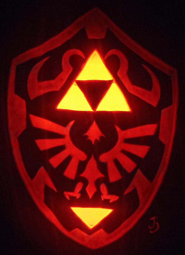 Hylian Shield Pumpkin by johwee