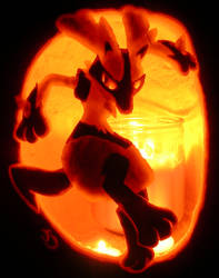 Lucario Pumpkin by johwee