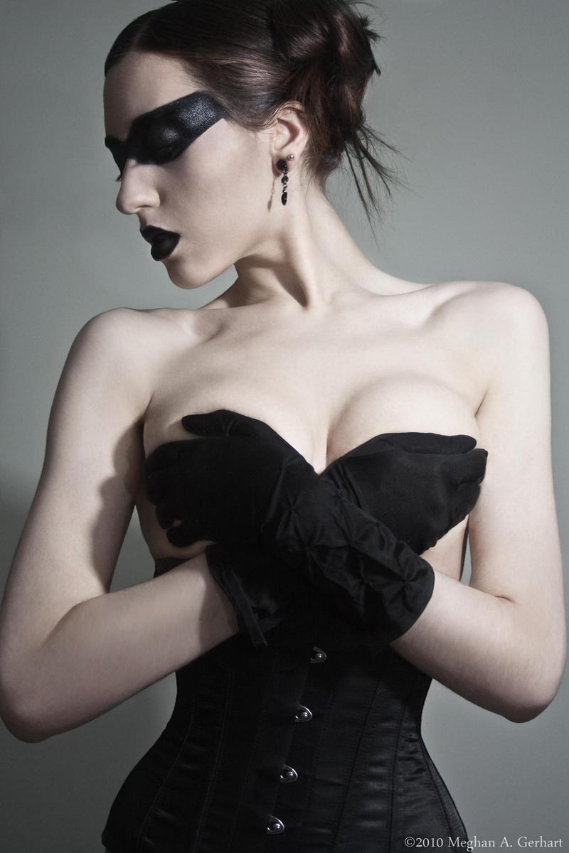 Black Dove by modelmeg2003