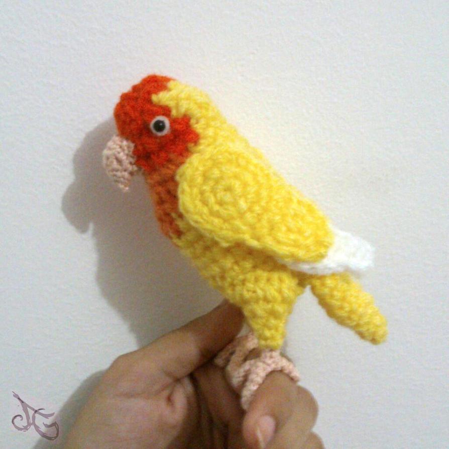 Agapornis Lovebird by AmiAmaLilium