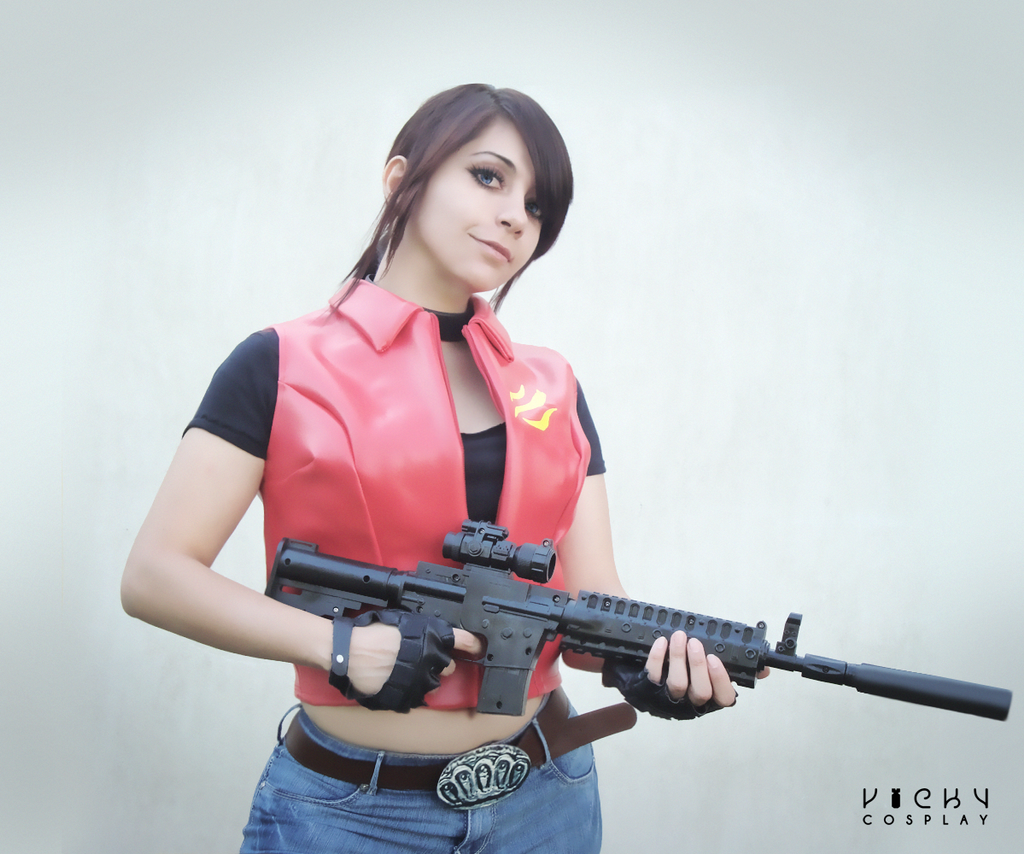 Claire Redfield cosplay - Let me Live by Vicky-Redfield