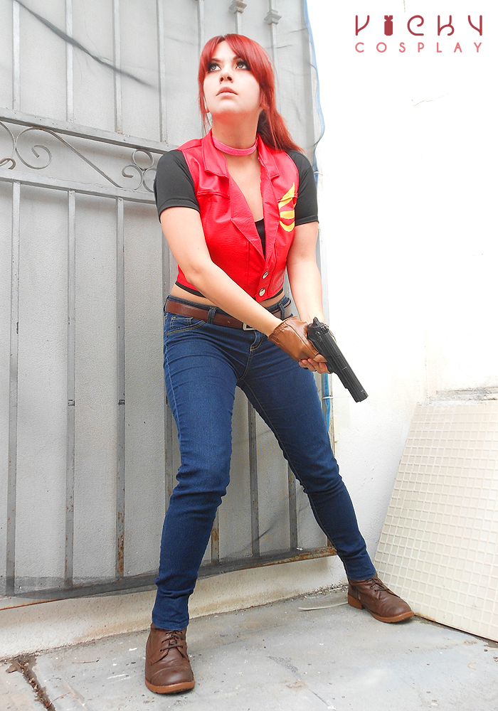 [Image: go_for_it____claire_redfield_cosplay_re_...7efttn.png]