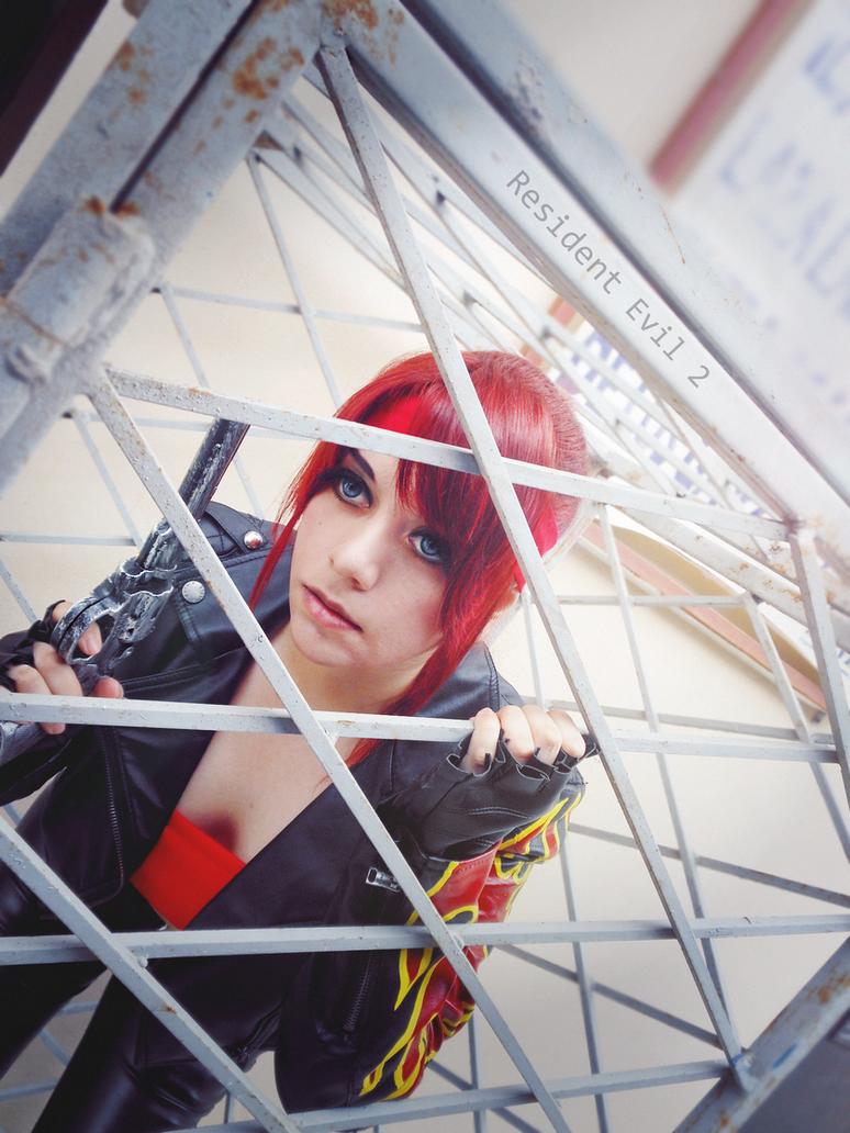 Claire Redfield RE 2 cosplay by Queen-Stormcloak