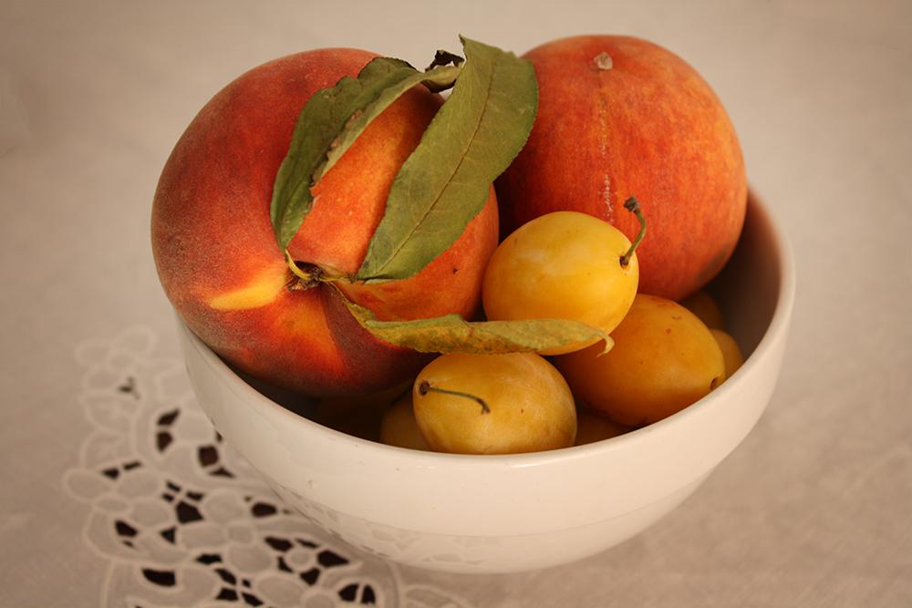 Summer Fruit by DamaInNero