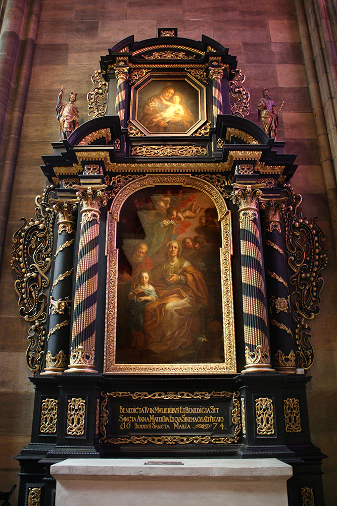 Triumph Of Mary's Family by DamaInNero