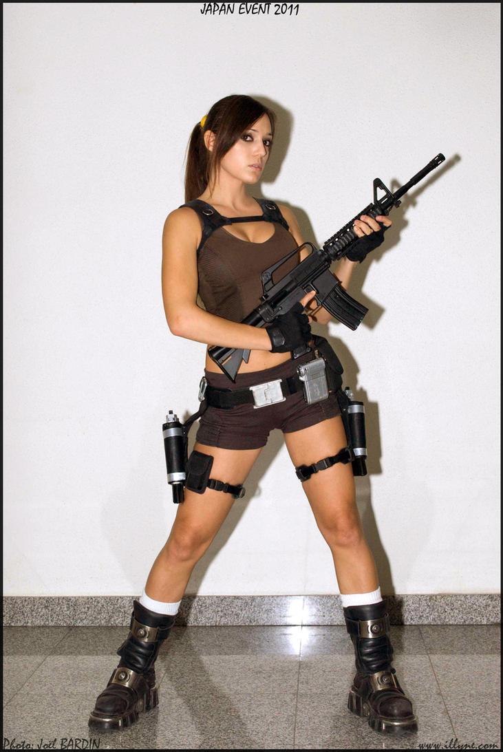 Lara croft as a slave nackt pic