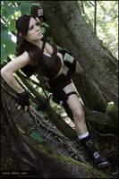 Lara Croft...Underworld by illyne