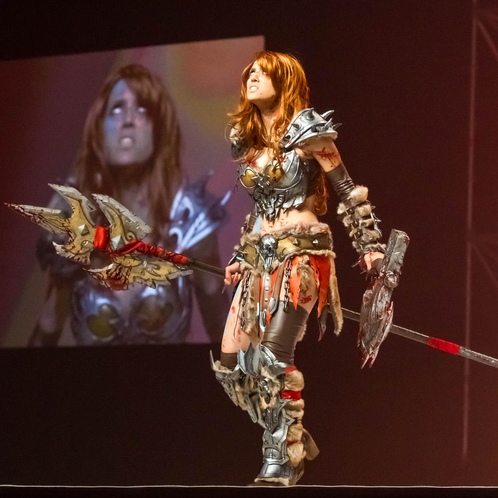 Diablo 3 Barbarian on stage by illyne