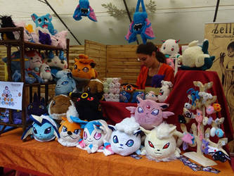 My table at the Geek Faeries 2017 by Peluchiere