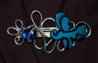 blue hairclip by trapus