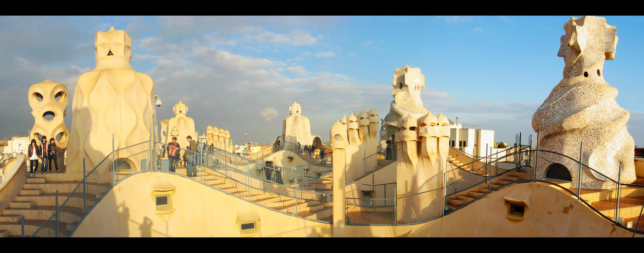 Gaudi architecture by harryf on deviantart for Architecture gaudi