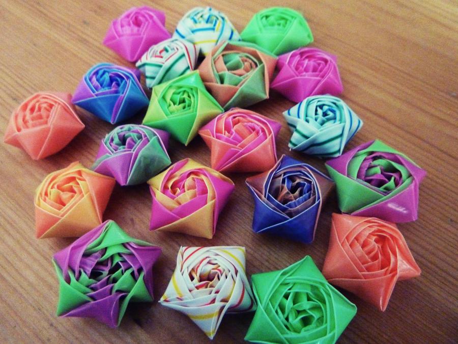 すべての折り紙 折り紙で星の折り方 : Straw Star Ornament Craft