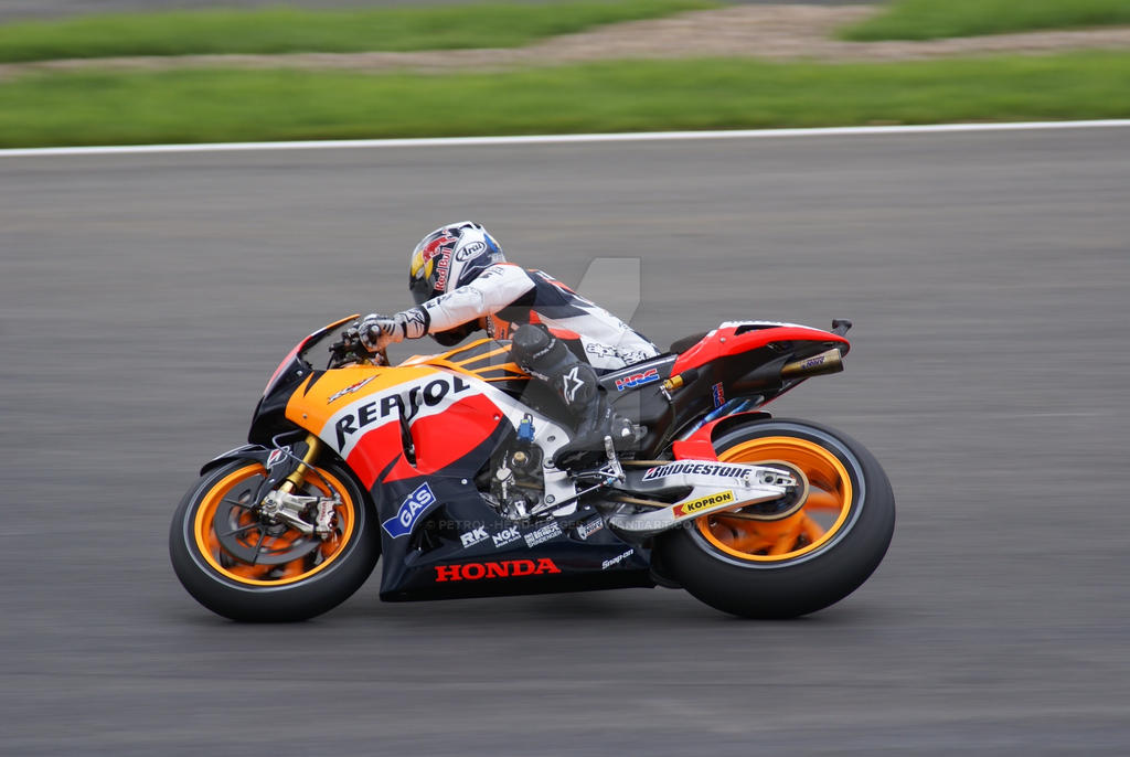 Dani Pedrosa corners at speed @ Silverstone by Petrol-Head-Images