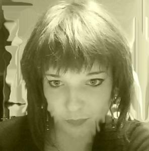 Azelia-elegna's Profile Picture