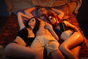 TW:WH - Yennefer, Triss, Geralt by MilliganVick