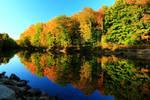 Stock: Saco River in Autumn
