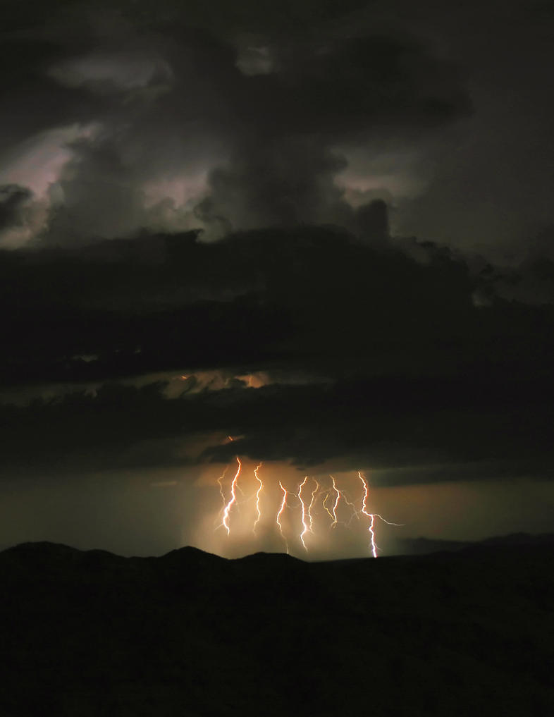 Monsoon Storm 08-16-204 by RayM0506