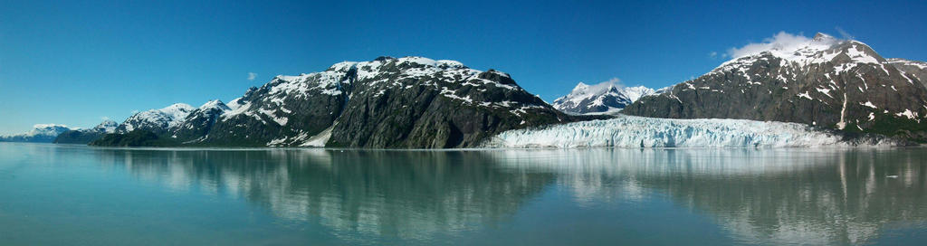 Glacier Bay by Bloodthirstwolf