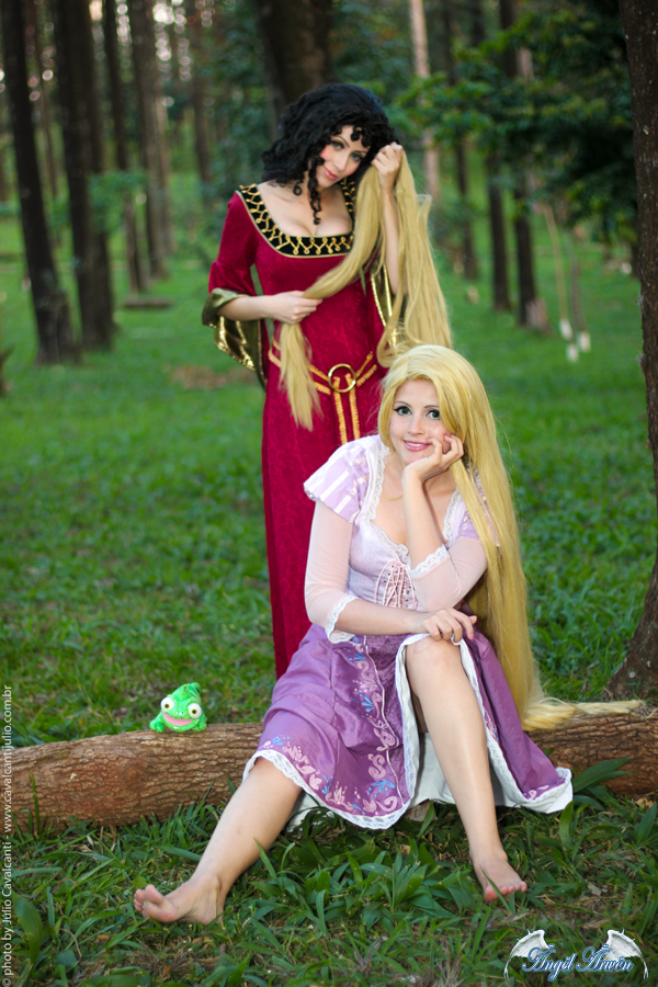 Disney´s Animation Movie: Tangled. Characters: Mother
