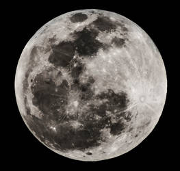 Full Moon before Eclipse
