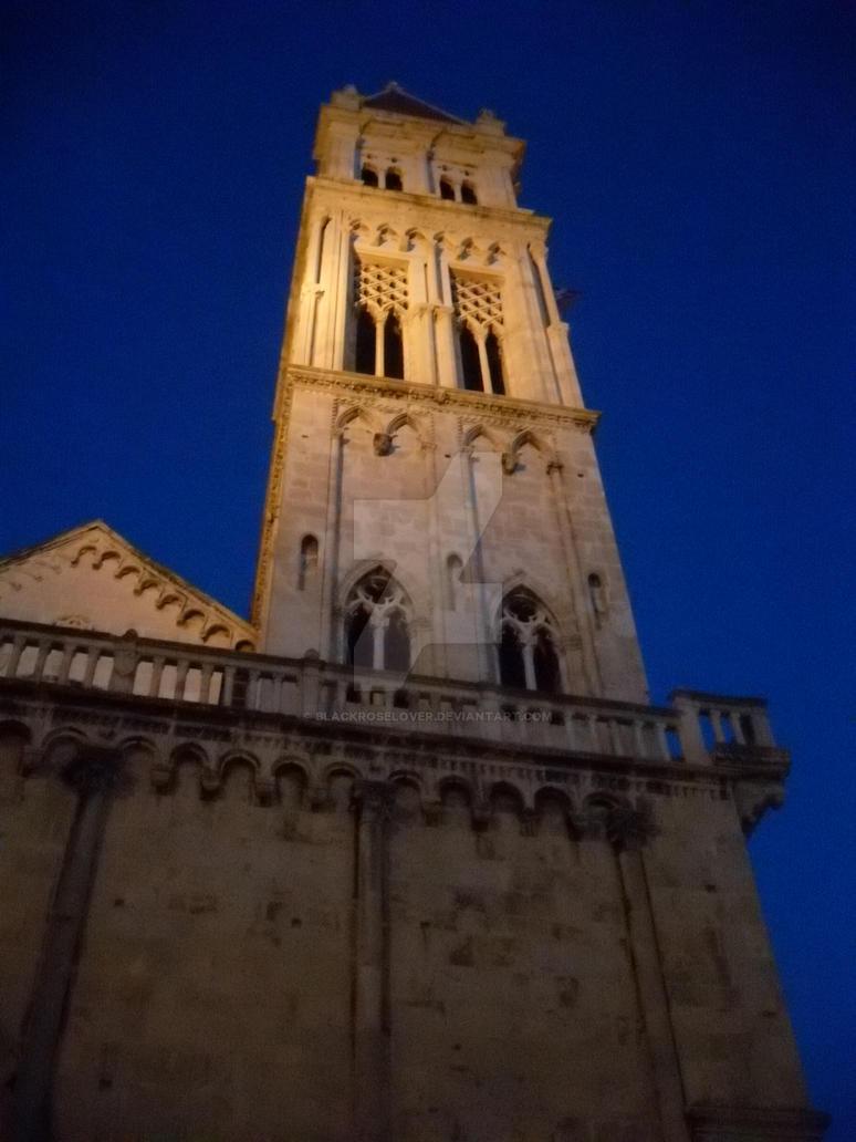 Church in Trogir at night by blackroselover