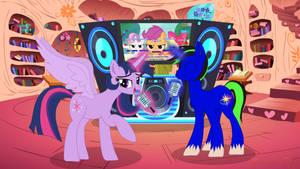 Twilight Sparkle and Pipa singing karaoke