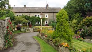 House and garden - 3
