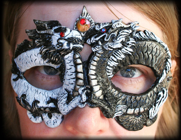 Black and White Dragon Mask by Namingway