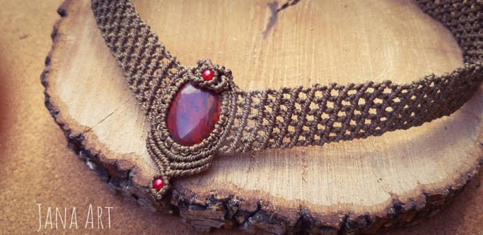 Macrame necklace with red jasper by Mawee79