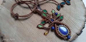 Macrame Tree Of Life necklace with lapislazuli and