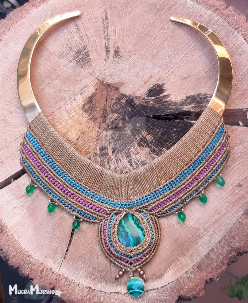 Macrame Nefertiti necklace with malachite