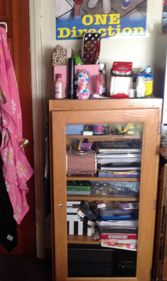 My bedroom tour photo 6 by Magic-Kristina-KW