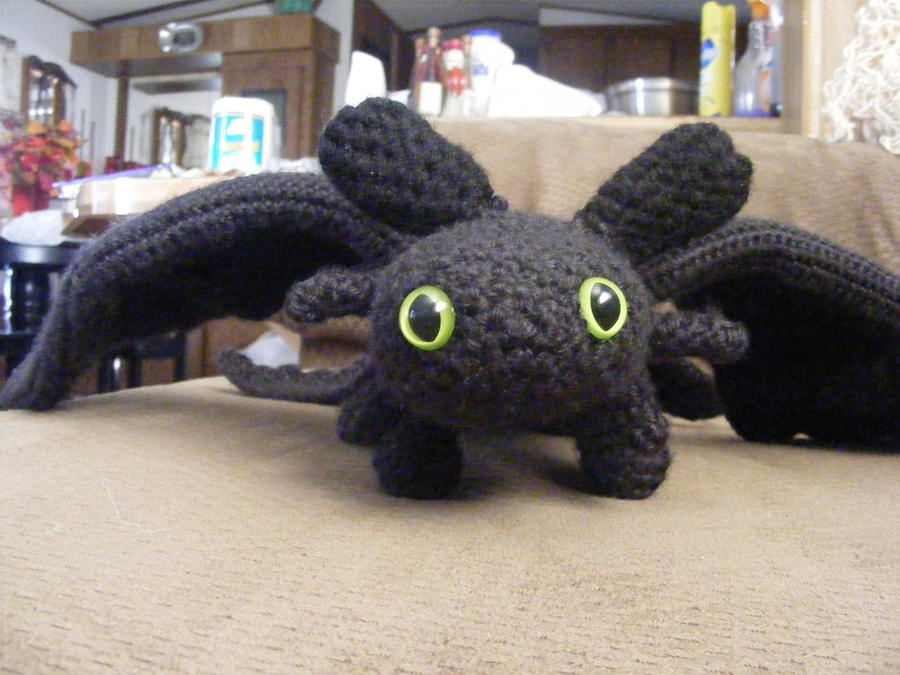 Toothless the Dragon by AbsyntheMyndedArt