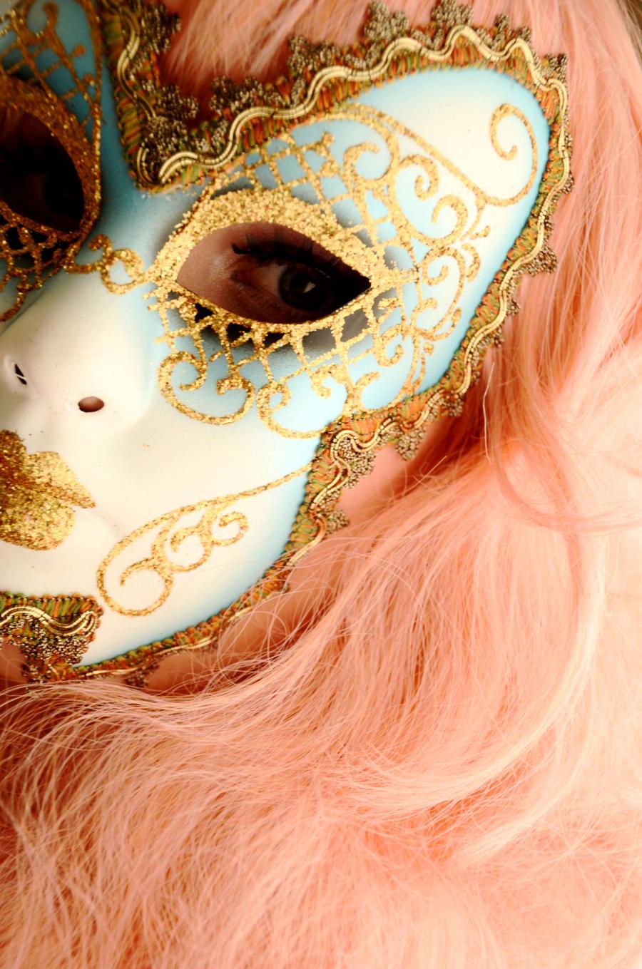 Venetian mask by Kifia