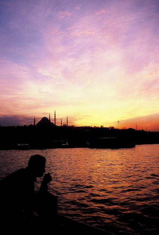 feeling sad in istanbul by coheper