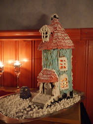 Gingerbread Moomin house by chibicthulhu