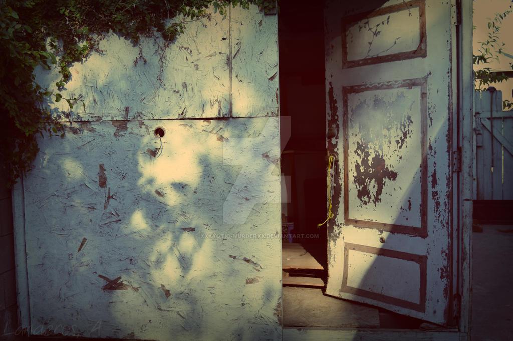 Old Storage Room by Xxkyotio-murderxX
