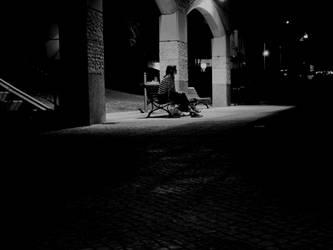 Waiting by EstranhamenteHumana