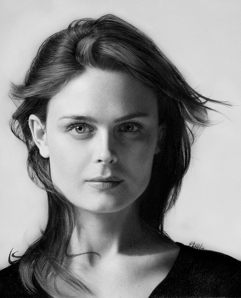 Emily Deschanel by kaytii